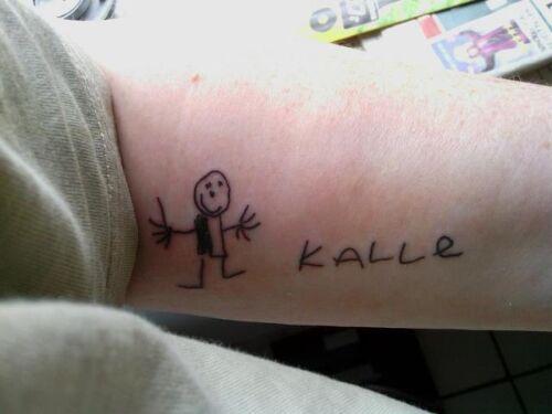 navne tatoveringer på arm